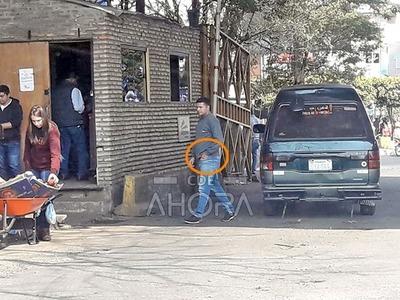 """Administrador de PUERTO en CDE """"protege"""" esquema de cobro de """"TASA"""" al contrabando"""