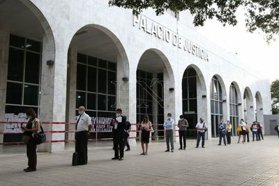 Corte reinicia parcialmente actividades tras 48 días de cuarentena