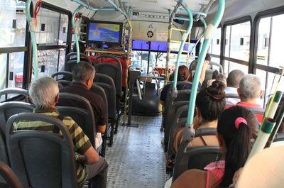 Dinatran dispone reinicio de operaciones de transporte de corta distancia