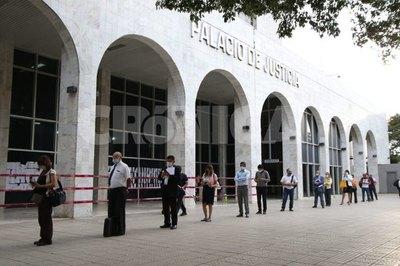 Palacio de Justicia vuelve a abrir sus puertas