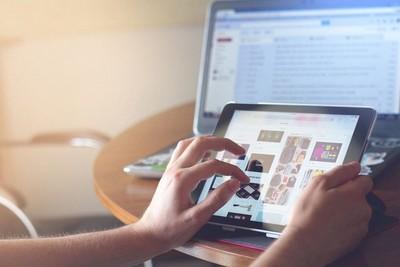 El poder de las opiniones de otros en las compras online desde Paraguay