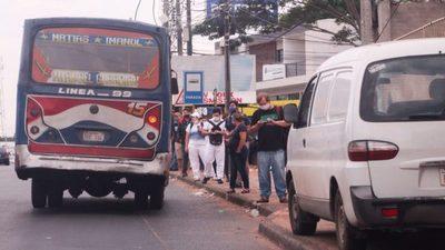 Con buses sobrecargados y caos vehicular inició la cuarentena inteligente