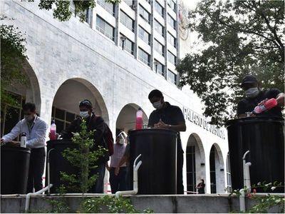 En Asunción ingresaron unas tres mil personas en reapertura judicial