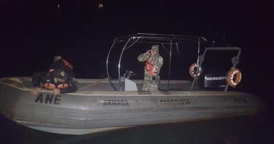 Sigue búsqueda de desaparecidos en el río Paraná tras choque de embarcaciones