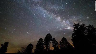 Lluvia de meteoros de las Eta Acuáridas alcanza su punto máximo esta madrugada