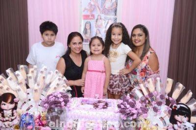 Los Siete Añitos de Jamile Maisa Escobar Díaz en el Salón de Eventos Party de Pedro Juan Caballero