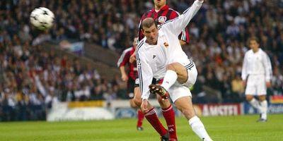 La volea de Zidane, el gol más bello de Champions