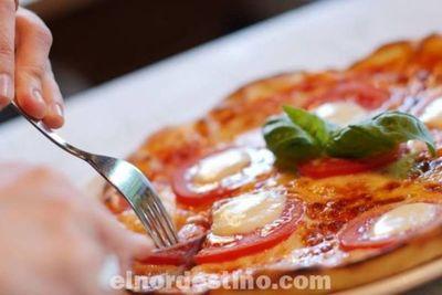 Para que una pizza sea poco calórica su masa debe ser baja en gluten, porque es allí donde está el mayor aporte de calorías