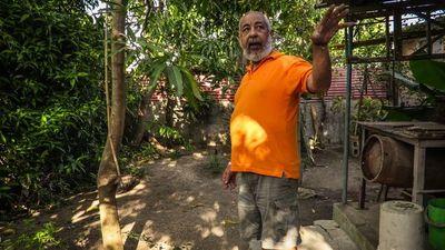 """El hombre es """"el coronavirus del mundo"""", dice novelista cubano Padura"""