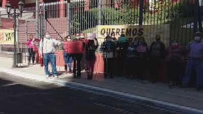Funcionarios de la ANR sostienen que Alliana no quiere conversar con ellos y anuncian otra manifestación para el lunes