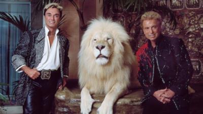 "Murió Roy Horn, parte del dúo de magos ""Siegfried & Roy"", a causa del coronavirus"