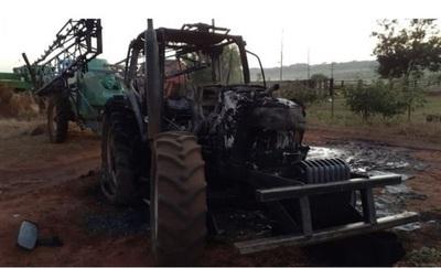 Quema de maquinarias y posible secuestro en Amambay, ¿volvió el EPP?