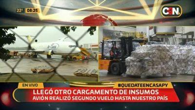 Llegan aviones con insumos médicos y verifican cargas