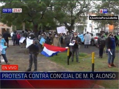 "Ediles de Mariano Roque Alonso ""salvan"" a Walberto Zárate"