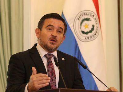 Cuestionan avances educativos con  gestión de Eduardo Petta en el MEC