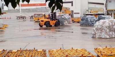 Insumos hospitalarios que llegaron este martes continúan en el aeropuerto Silvio Pettirossi