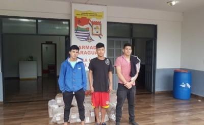 Tres detenidos y mercaderías incautadas por la Patrulla Naval