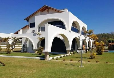 """Cucho"" pide a ministros que propiedades incautadas sean usadas como albergues"