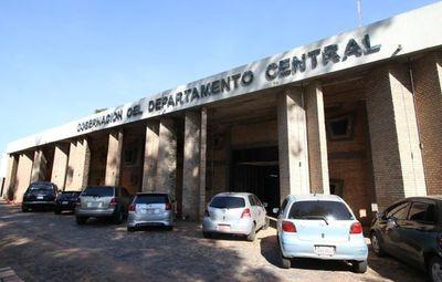 Fiscala se constituyó en Gobernación de Central por supuesta violación de cuarentena