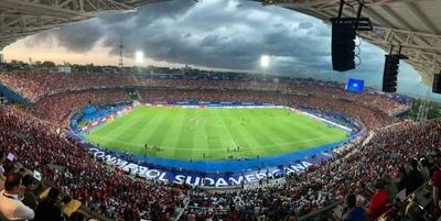 HOY / Ningún estadio paraguayo postula para finales de los próximos tres años