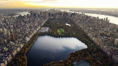 Nueva York prorroga medidas por el COVID-19 en la Gran Manzana y alrededores