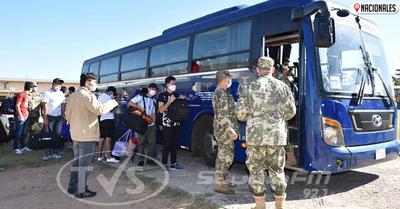 Más de 100 compatriotas vuelven a sus casas tras dar negativo al COVID-19