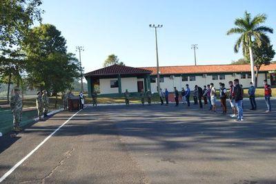 Compatriotas del Comando de Ingeniería dejan albergue con análisis negativos tras hacer cuarentena
