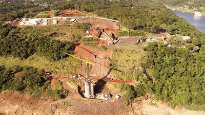 Intensifican trabajos de excavación en lado paraguayo del Puente de la Integración