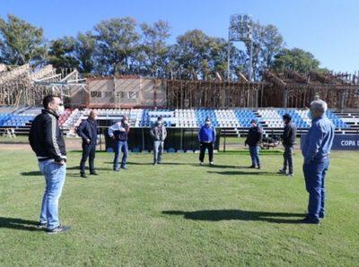 Visitan el estadio de Guaireña con miras a la reanudación del Apertura