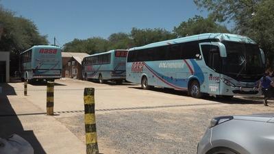 Volvieron los viajes en bus pero solo para las personas exceptuadas en el decreto