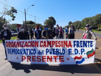 Campesinos se manifiestan en Misiones pese a cuarentena