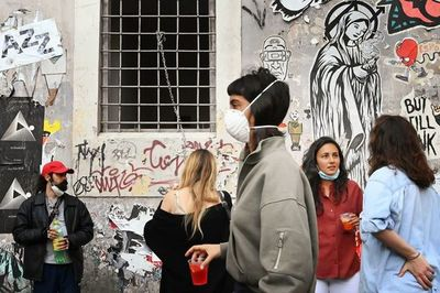Europa prepara reactivación económica ante retroceso de la pandemia