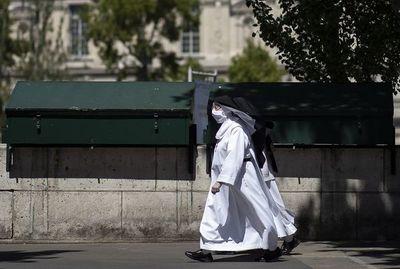 Justicia francesa permite acceso a los templos