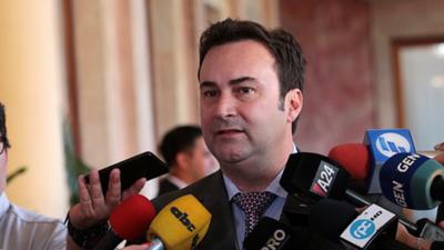 Gubetich y directores de IPS piden destrabar licitación de software