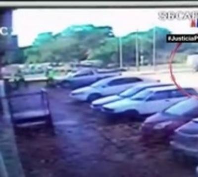 Delincuentes roban G. 30 millones de una boca de cobranzas