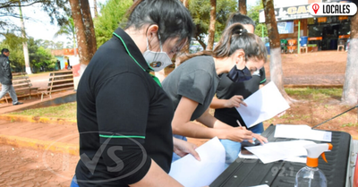 Gobernación  de Itapúa renueva en un 100% documentos de becados
