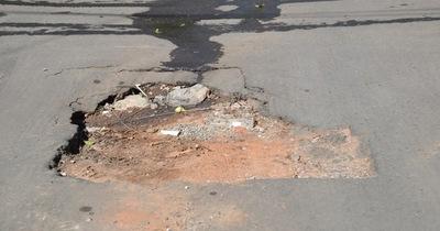 Municipalidad responsabiliza a Essap roturas de pavimentos
