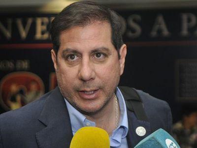 Figueredo propone corrección del protocolo para fijar fecha de reinicio