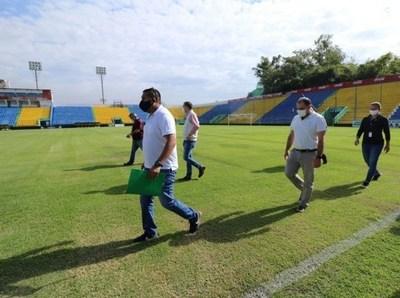 Inspeccionan estadio de Capiatá para para la vuelta del Apertura