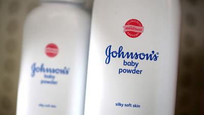 Johnson & Johnson anuncia que dejará de vender su talco para bebés en EEUU y Canadá