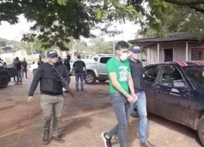 Detenien a tres personas tras allanamientos por el asesinato de policia en Yby Yaú