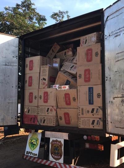 Decomisan 800 cajas de cigarrillos de TABESA
