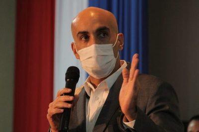Mazzoleni dice que es falso que no haya insumos de bioseguridad para el personal de salud