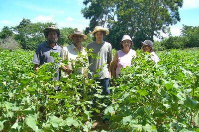 """Concurso """"Semillas de Bienestar"""" cerró con más de 200 propuestas para la agricultura familiar"""