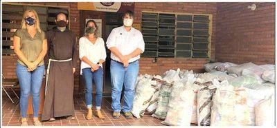 ARP entregó 2.300 kilos de alimentos a la fundación San Pío