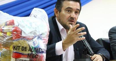 Eduardo Petta pone su renuncia a disposición del presidente