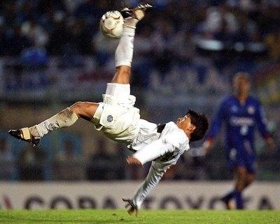 'Peque' Benítez contó que tenía acuerdo con Cerro antes de ir a Olimpia y ganar la Libertadores