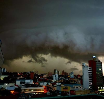 Nueva alerta meteorológica ante inminentes tormentas en 13 departamentos