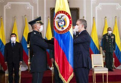 Fiscalía de Colombia pide captura de diez intendentes por presunta corrupción en pandemia