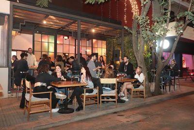 Restaurantes asociados seguirán cerrados y esperarán autorización de Salud